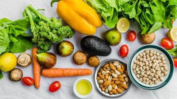 吃了更焦虑!5种「升压」食物少吃为妙