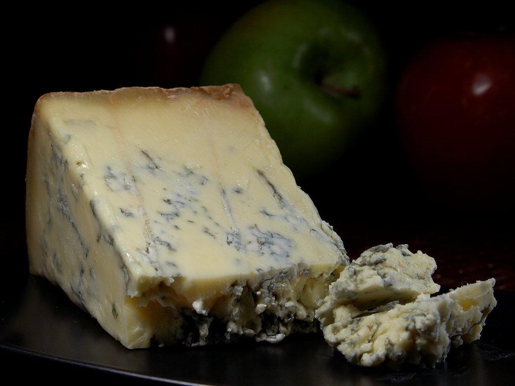 为什么蓝纹奶酪尝起来是那种味道