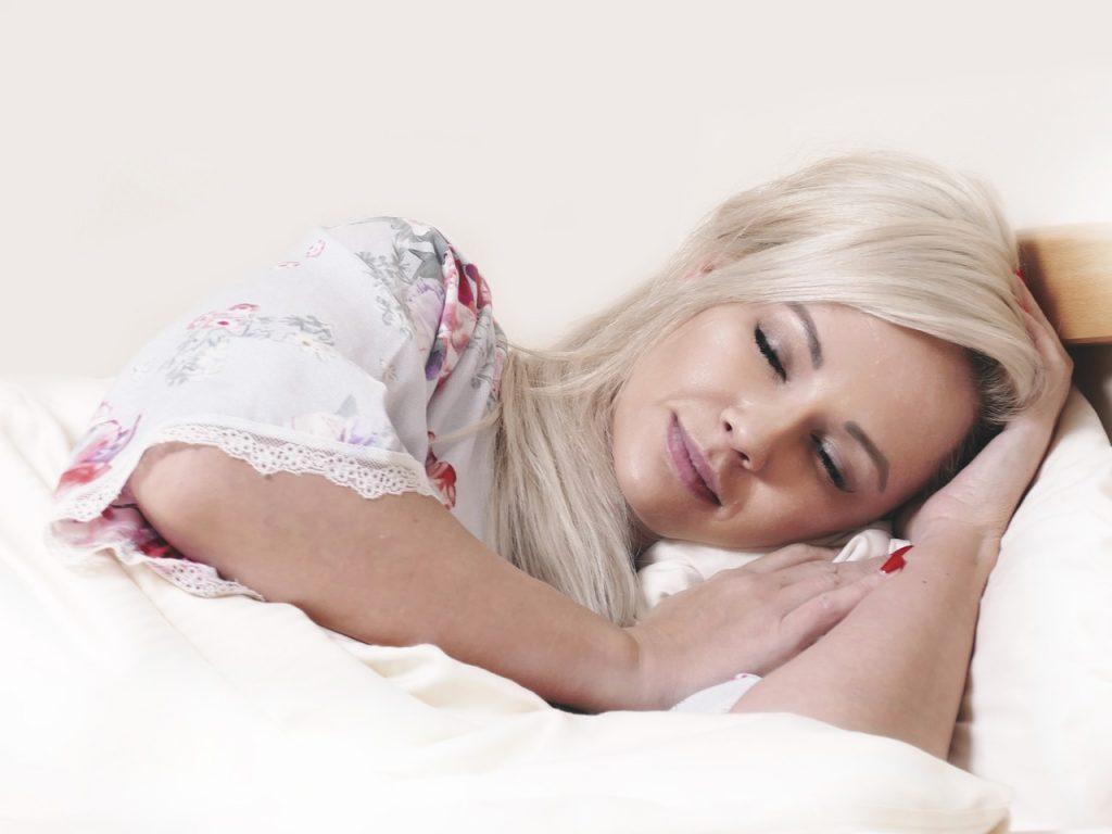 改善夜间睡眠的4个小建议