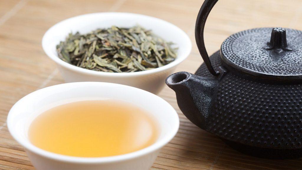 """0个喝绿茶的好处,让绿茶成为你生活的一部分吧!"""""""