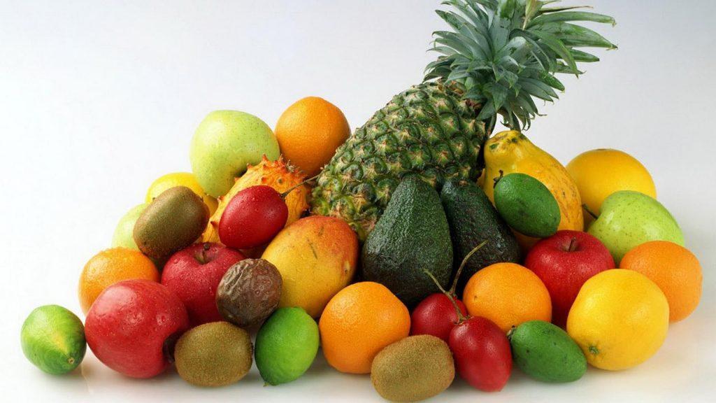 夏季水果挑选大揭密:眼看、鼻闻、手摸、耳听