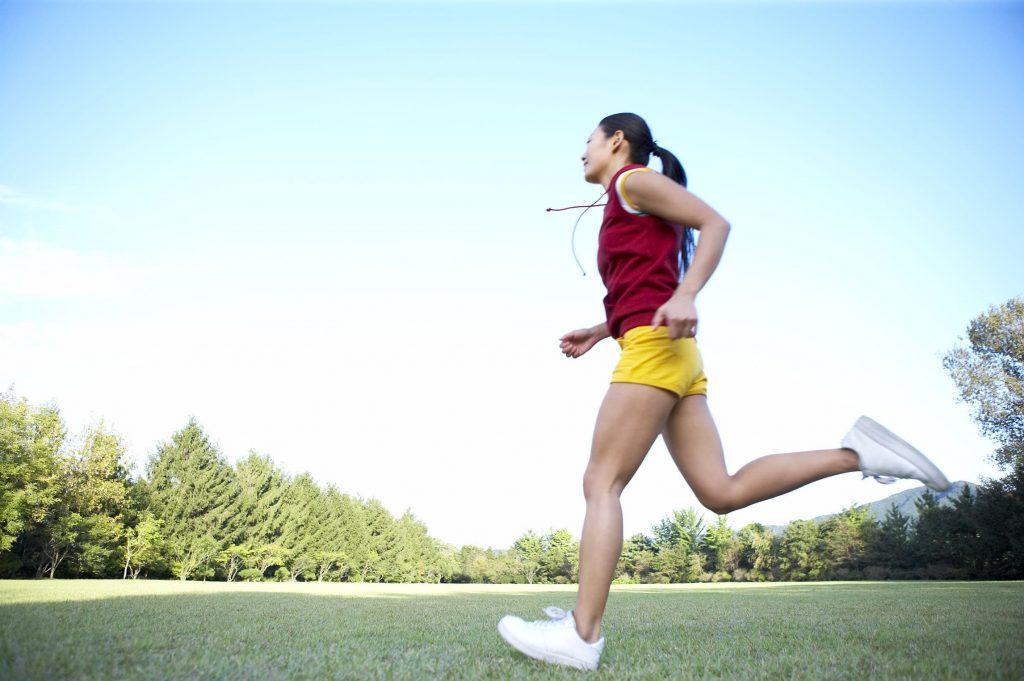 降血糖!17种有氧运动消耗热量表,跳绳、跑步都没进前3名