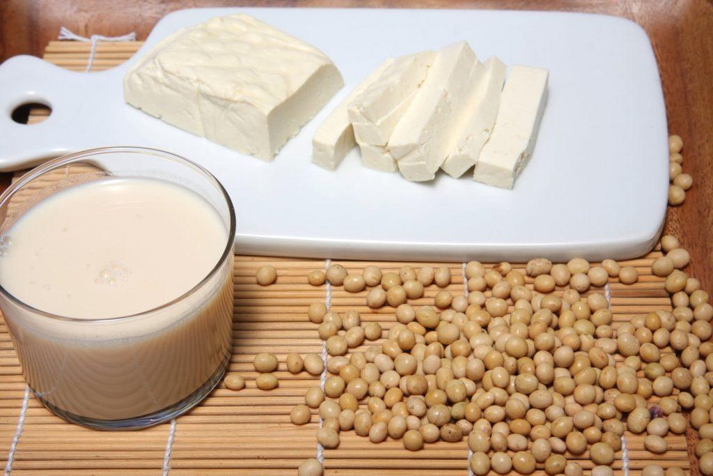 豆腐钙质比豆浆高!吃对豆制品,保护骨头又抗癌