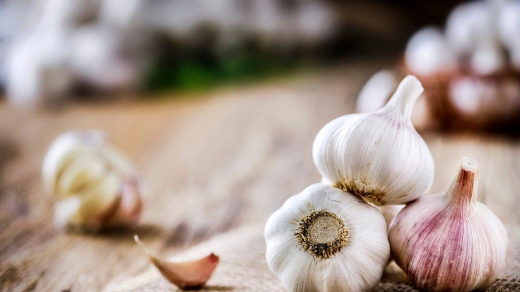 """个大蒜对身体的健康益处,不只是抵抗感冒"""""""