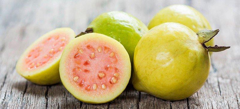 番石榴的营养价值:增强免疫系统的强抗氧化食物