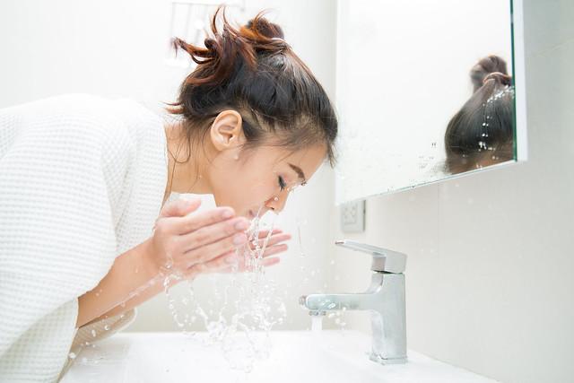超有感的毛孔缩小对策:养成4个好习惯,出门自带滤镜美肌