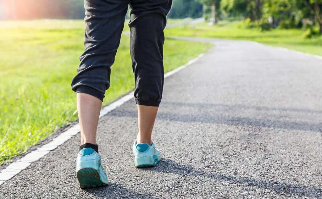 每天健走对身体好想减肥坚持走就对了