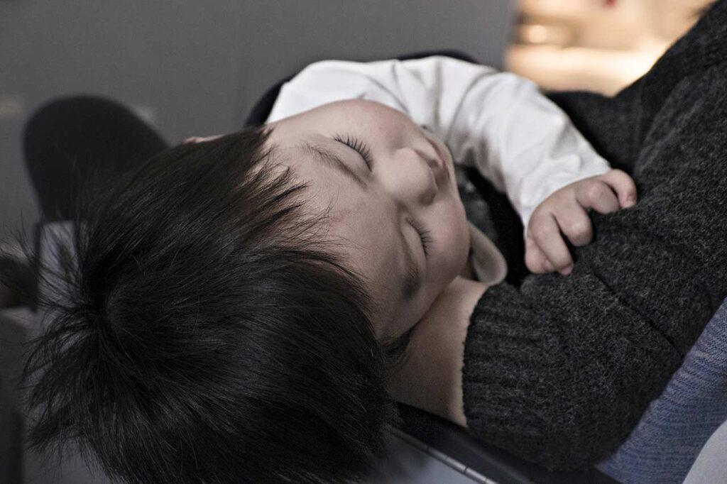 睡觉时被光照也会造成忧郁症