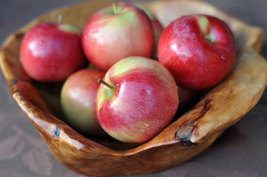 一颗苹果超过100种多酚!医:吃苹果能帮你预防5种癌症