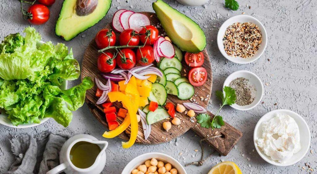 打造超强体质!肠道有7成免疫细胞,多吃4大类食物顾好「肠道菌」